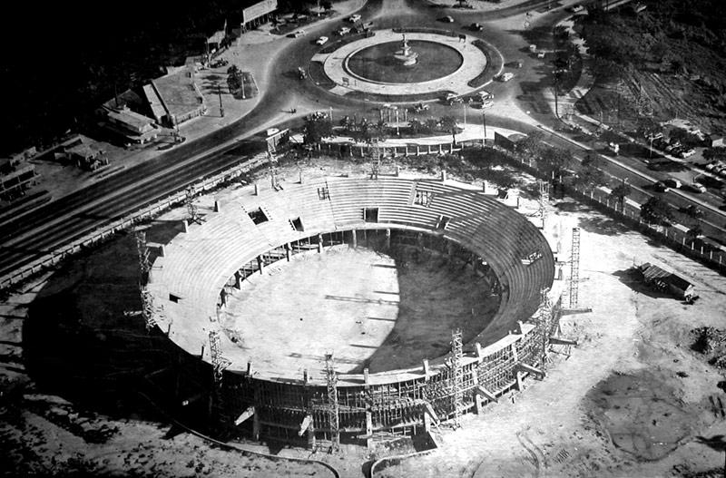 Ciudad-Deportiva-en-construccion-1956