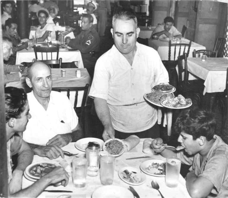 Cuban-fonda-meal-early-1950s