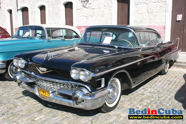 cadillac_old_car_auto_antiguo_1