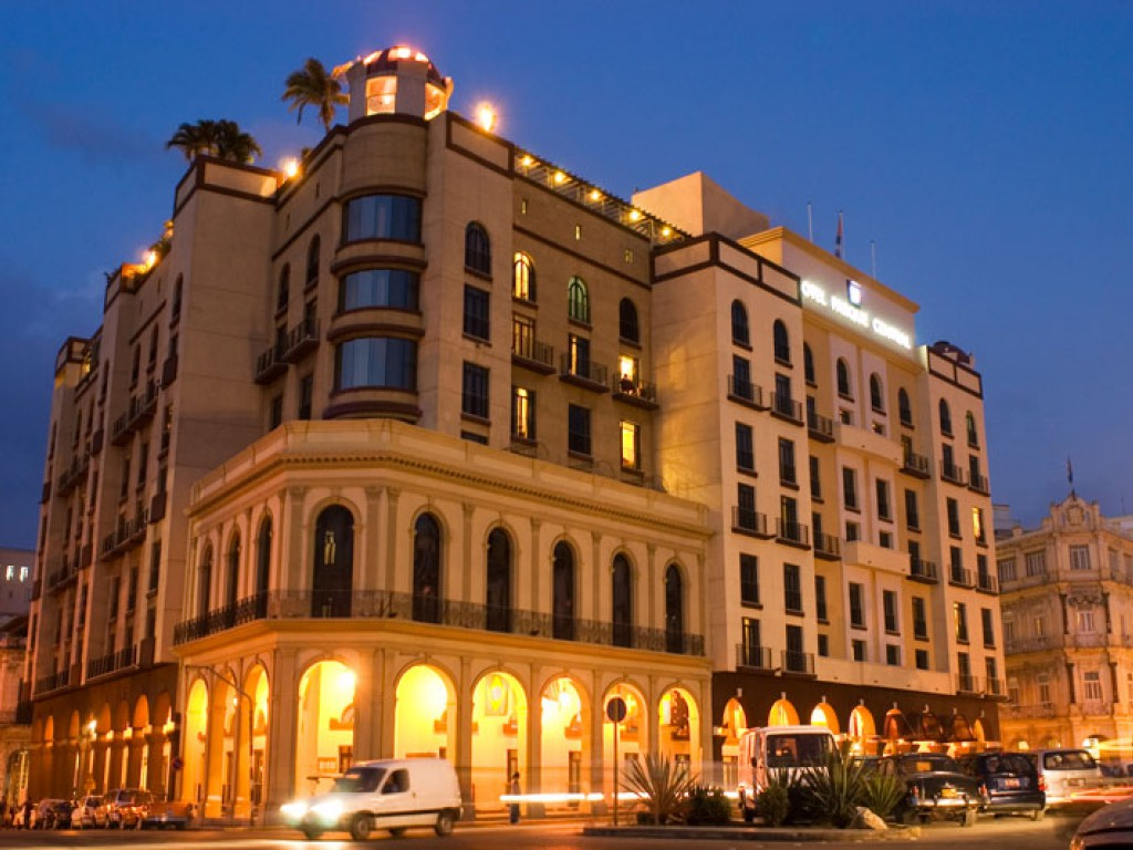 Hotel-Parque-Central