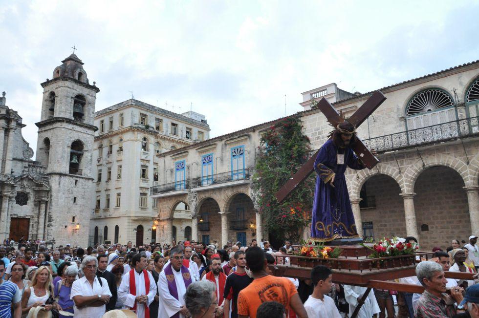 procesion-de-semana-santa-en-cuba