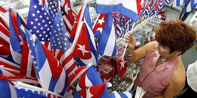 Cuban_and_American_Flag-560x330-685x342