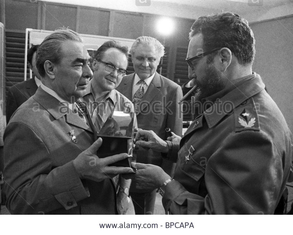 fidel-castro-and-leonid-brezhnev-1974-BPCAPA