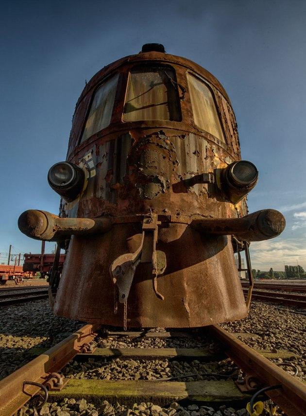 tren-orient-express-abandonado-brian-belgica-1
