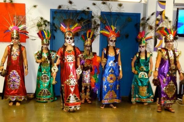 el-dia-de-los-muertos-y-cultura-azteca-600x397